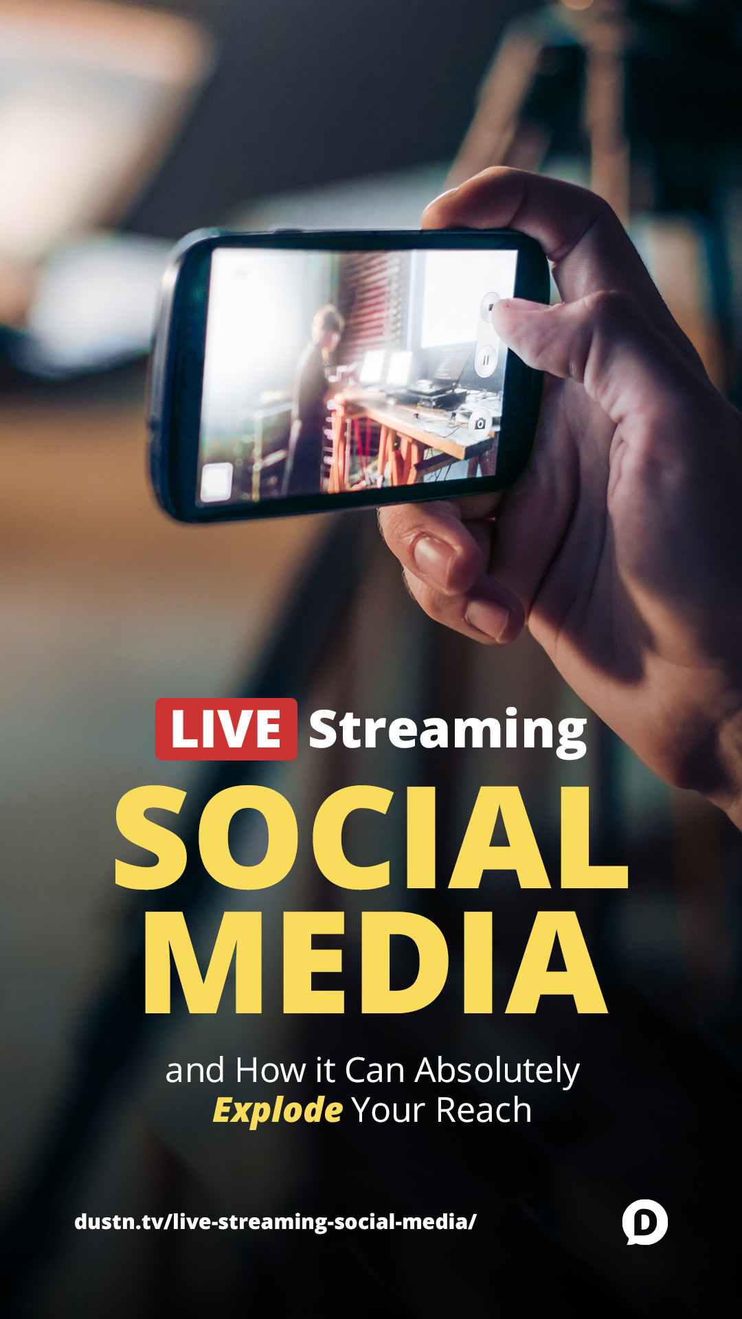 In case you haven't noticed, live streaming social media is blowing up the scene. Why is it so popular? How can you use it to build an audience of raving fans? #socialmedia #marketing #contentmarketing #blogging
